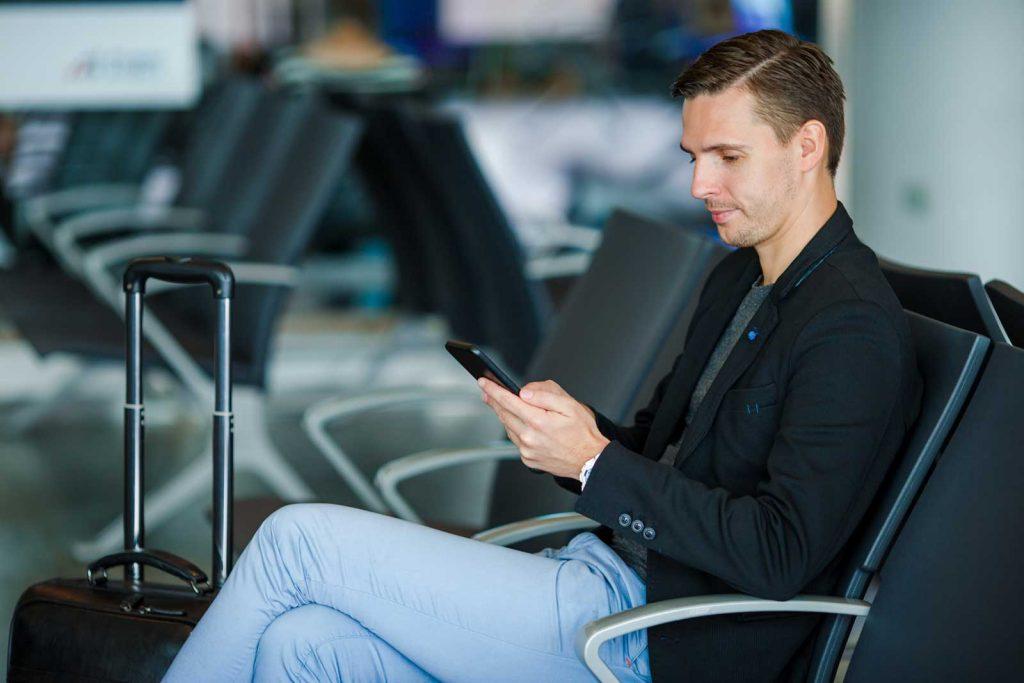 4 Gadgets fundamentais para viagens de negócios